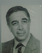 Dr. Sandoval Parra  Rafael